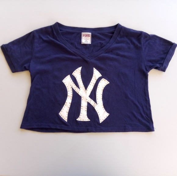 new concept 8c67a bafba 🆕 PINK NY Yankees Im A Great Catch Bling Crop Top